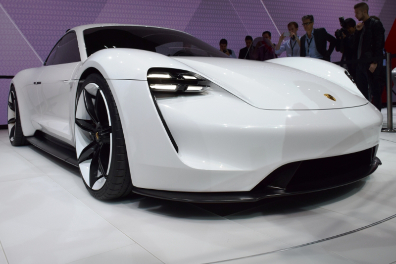 Porsche, modern car concept, vehicle innovation, mirrorless, no mirrors, high-end car, luxury, concept car