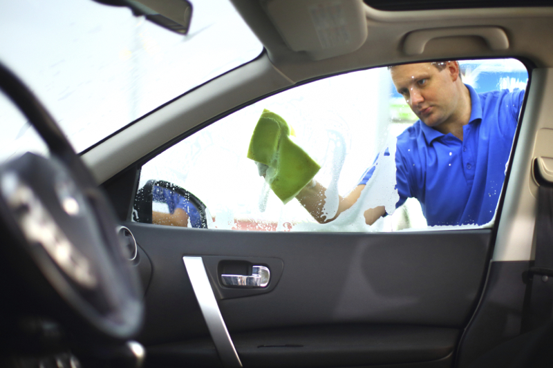 glass cleaning, cleaning, windowshield, windows, detailing, wash, carwash, service, mobile wash, auto glass cleaning,