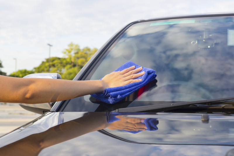 glass cleaning, cleaning, windowshield, windows, detailing, wash, carwash, service