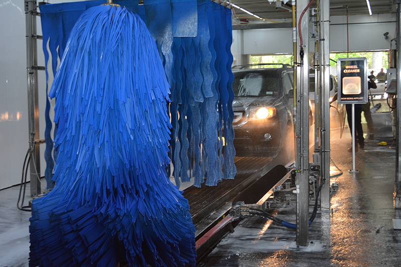 carwash tunnel, equipment, car, arches, brushes, conveyor, wheel cleaner
