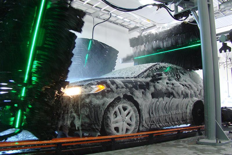 lighted brush wheel, LEDs, lighting, foam, chemicals, curtain, tunnel, conveyor, experience
