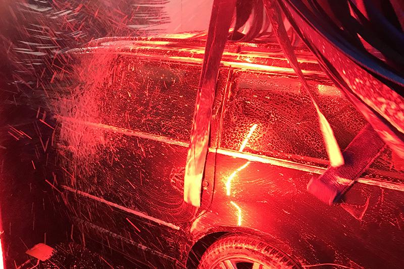 LEDs, lighting, carwash, car, brushes
